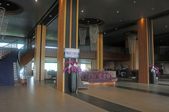 Rua Rasada has a spacious lobby